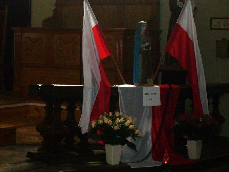 Pierwsza rocznica tragedii w Smoleńsku